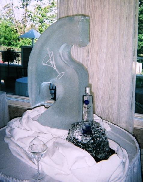 Ice Luge, martini ice luge