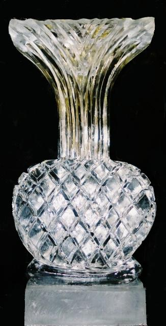 vase jpg, ice sculptures, ice sculptures, ice sculpture, icesculptures for weddings, michigan ice sculptures, michigan ice sculpture,  ice impressions, wedding ice sculptures, wedding ice sculpture, northern michigan wedding ice sculptures, special event ice sculptures, grand rapids ice sculptures.