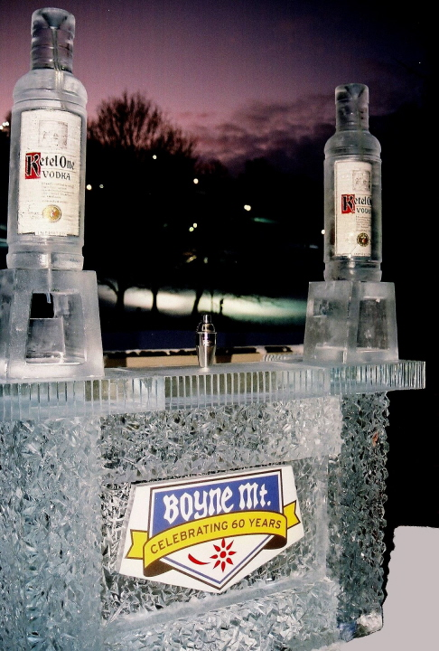 ice bar, northern michigan ice sculpture, michigan ice carving