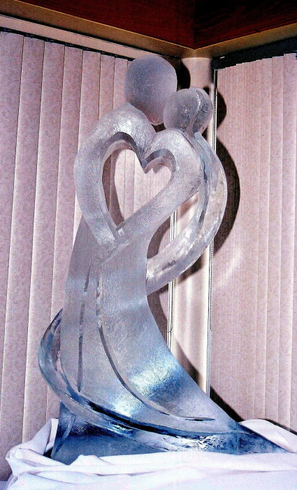 ice sculptures, wedding ice sculptures, michigan ice sculptures, northern michigan ice sculptures, Ice Impressions, Ice Impressions Ice Sculptures, Ice Sculptures, Ice Carvings, Ice Carving, Ice Sculpture, Wedding D&eacute;cor, Wedding Centerpieces, Wedding Flowers, Luxury Weddings, Wedding Ice Sculptures, Ice Sculptures Weddings, Ice Carving Wedding, Chicago Weddings, Ice Carvings for Weddings, Wedding Ice Bar, Ice Bars for Weddings, Northern Michigan Weddings, Winery Weddings, Barn Weddings, Vineyard Weddings, Traverse City Weddings, Wine Country Weddings, Glen Arbor Weddings, Weddings Glen Arbor.