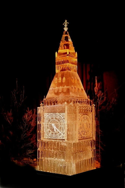 Ice Sculpture of the Big Ben Clock Tower by Sculptor Steven Berkshire, Big Ben Ice Sculpture, Big ben Clock Tower Ice Sculpture, Ice impressions, Spain Ice Sculpture, spain ice carving, Ice sculptures, ice carving, ice sculpture, sculpture, sculptors, artist, art, ice art, ice blocks.