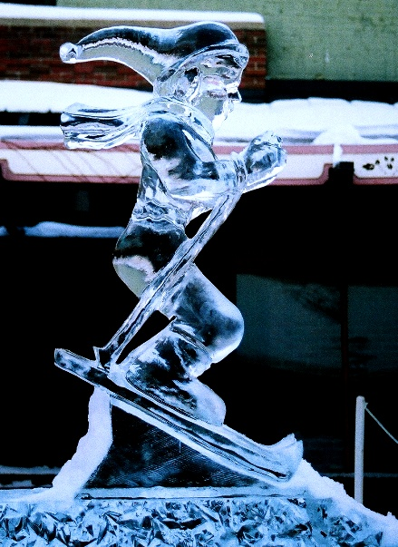 Skier Ice Sculpture, Ice Impressions, Traverse City, Traverse City, Ice Sculptures,Michigan Winter Festivals.