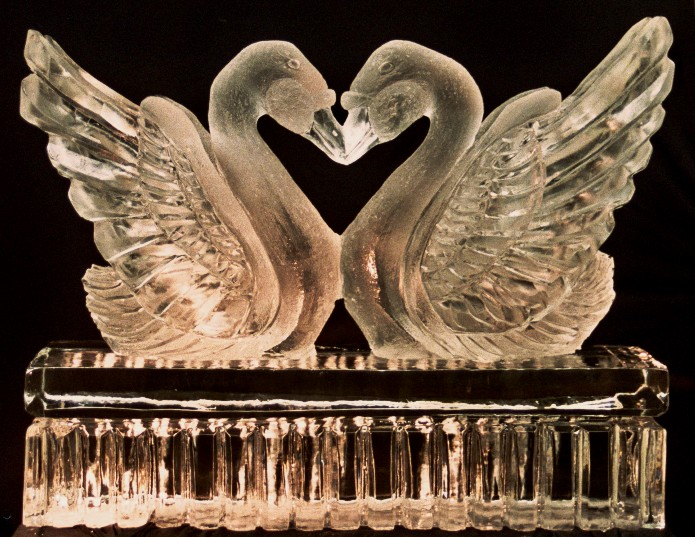 Wedding Ice Sculptures, Michigan Ice Sculptures, Swan Ice Sculptures, Ice Sculpture, Ice Sculptures, Ice Impressions
