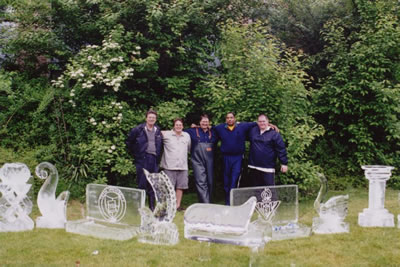 Ice Sculpting Classes, Ice Sculpting Classes, Ice Carving Instruction, Ice Sculpting Instruction, Ice Sculpture, Ice Carving, Ice Sculptures, Ice Carvings, Ice Sculpture Education, Ice Carving Education, Team Building Classes, Corporate Training Classes.