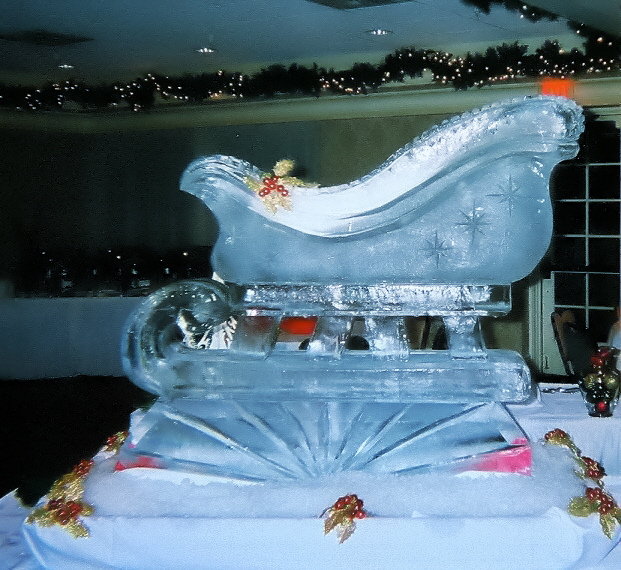 Santa's Sleigh, Sleigh Sculpture, Holiday Ice Sculptures, Santa's Sleigh Ice Sculpture, Santa's Sleigh Ice Carving, Ice Impressions.